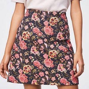 LOFT Floral Tapestry Skirt Size 6